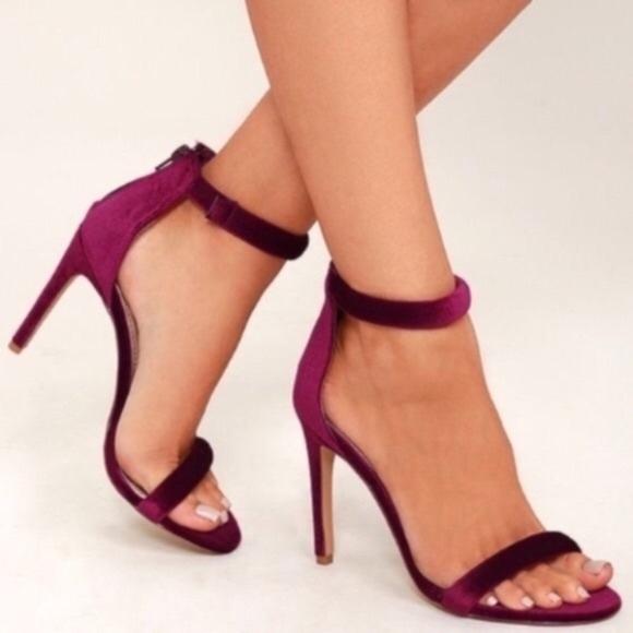 0d8242e29b14 NWT Bandolino Wine Velvet Madia Ankle Strap Heels